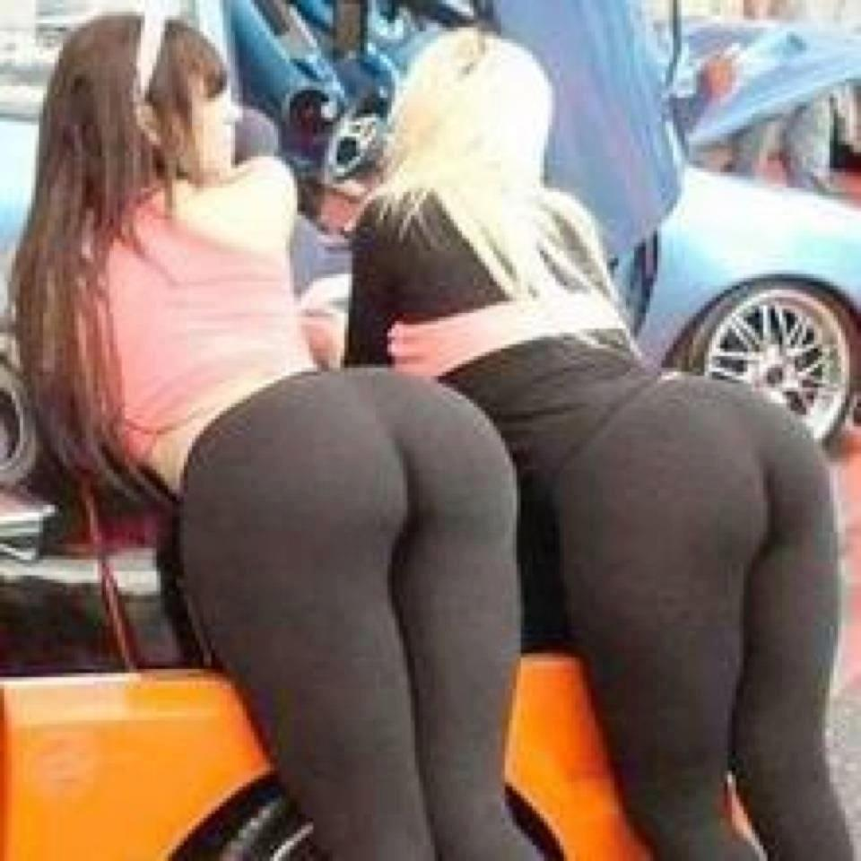 Girls In Yoga Pants Ripped